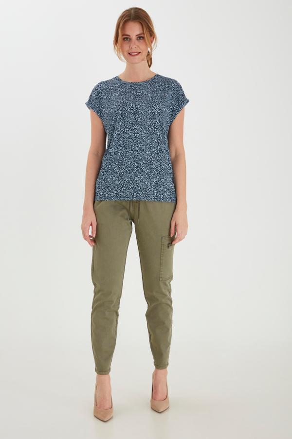 Fransa kurzarm Shirt mit floralem Muster blau